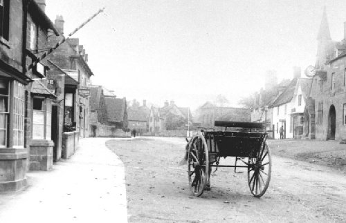 Broadway High Street c.1890